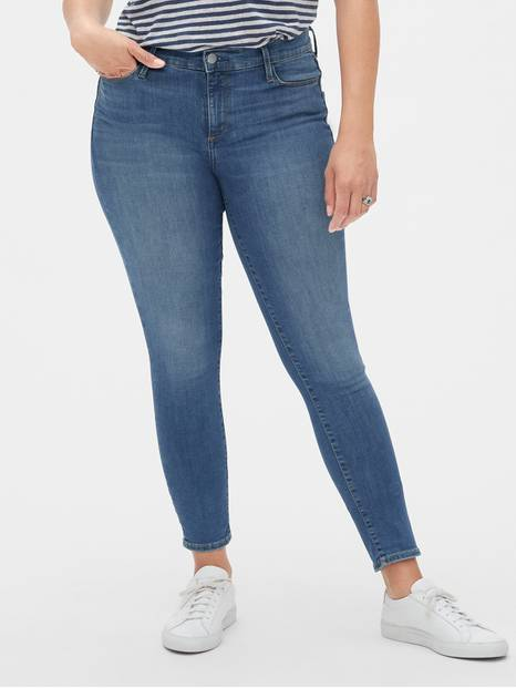 Mid Rise True Skinny Jeans in Sculpt