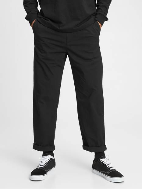 Relaxed Taper Pants with GapFlex
